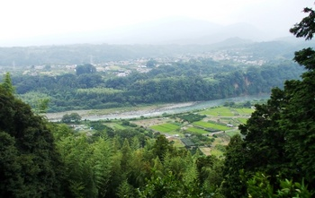 sakawa_river.JPG