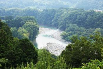 sakawa_river_.JPG