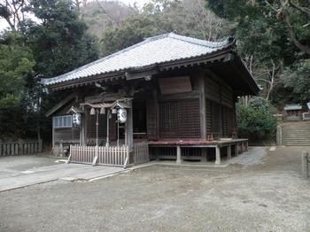 takaku_jinjya.JPG